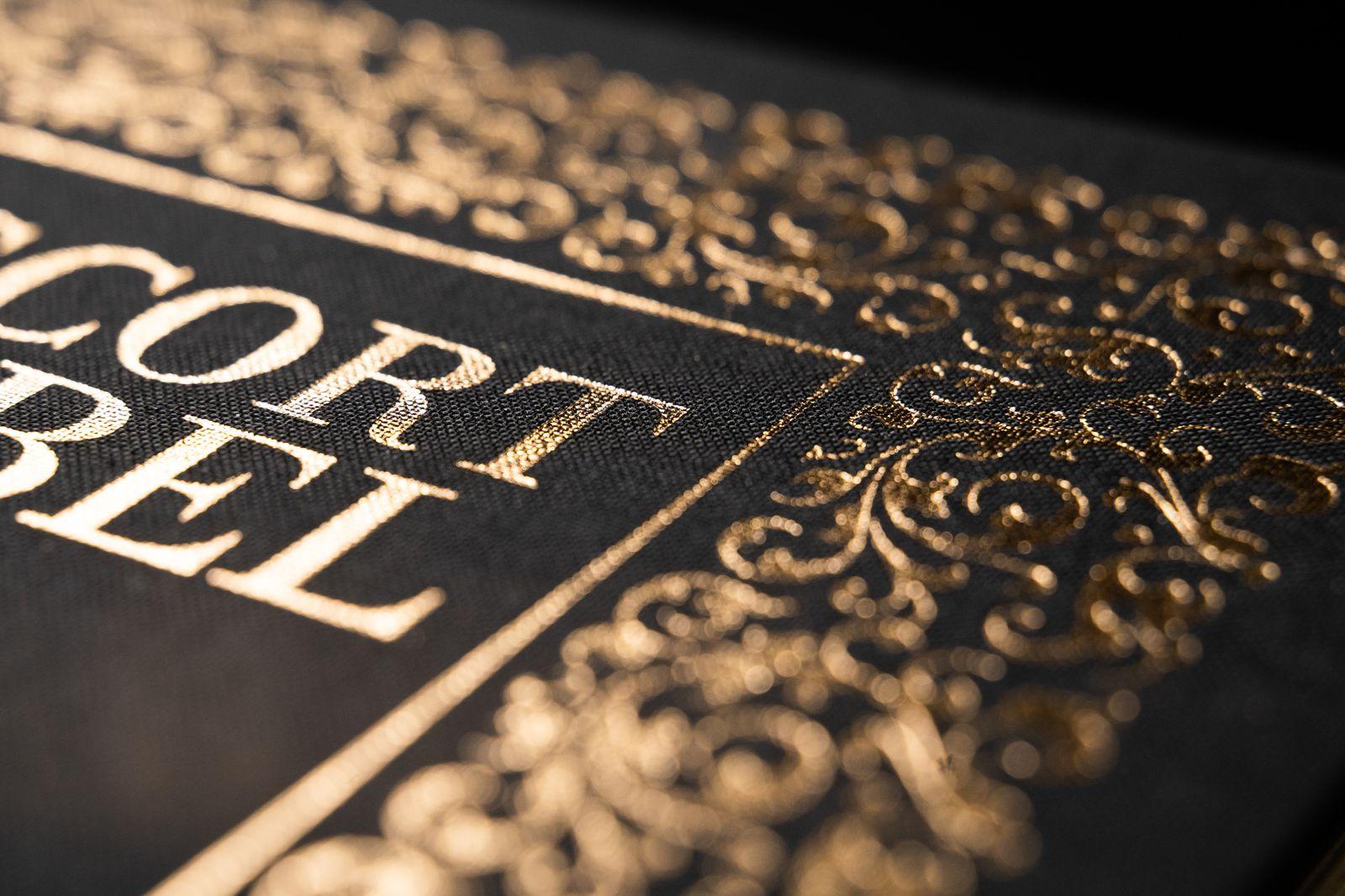 Escort Bijbel - Detail 1.jpg
