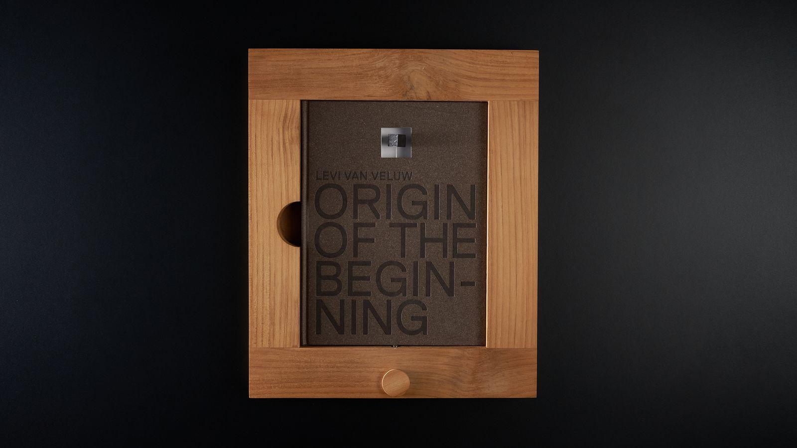 Origin of the beginning - cover met frame.jpg