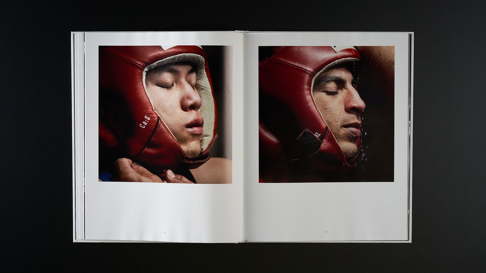 Seconds out, Faces of boxing - Spread 3.jpg